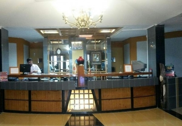 هتل نخل زرین